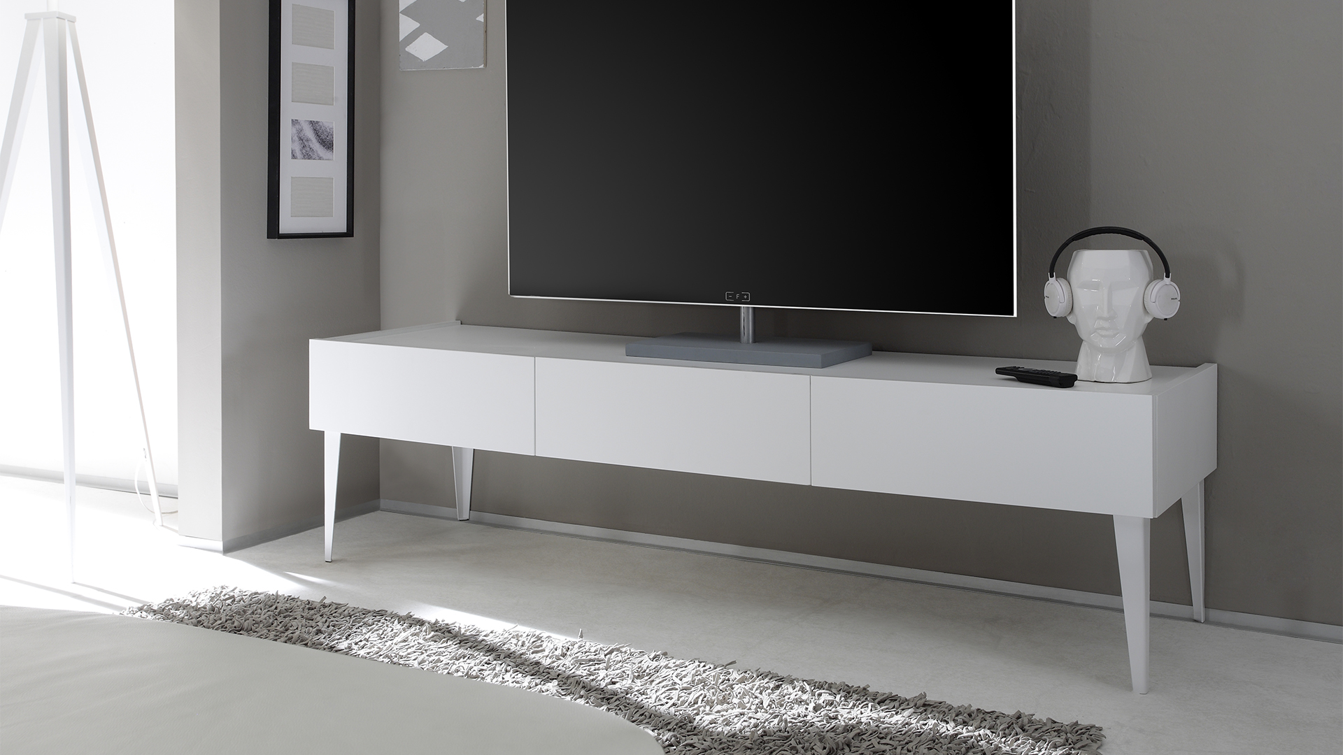 awesome meuble tv noir blanc laqu pas cher meuble tl pivotant meuble tv bas roche with roche. Black Bedroom Furniture Sets. Home Design Ideas