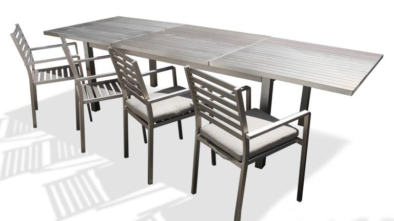 Table de jardin rallonges en aluminium irwan mobilier moss for Table exterieur rallonge aluminium