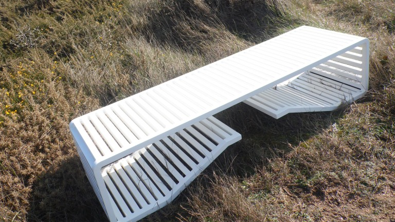 banc aluminium termolaque blanc design by romain duclos bench mobiliermoss