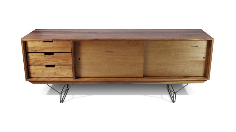 Buffet en bois massif pietement metallique style industriel elise mobiliermoss