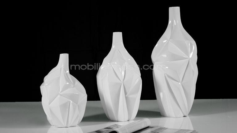 Vase blanc design for Salon contemporain blanc
