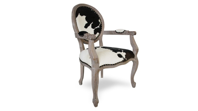 fauteuil en peau de vache cow et dossier m daillon mobilier moss. Black Bedroom Furniture Sets. Home Design Ideas