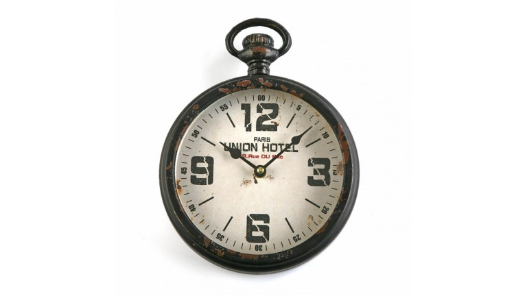 horloge industrielle whistable mobiliermoss