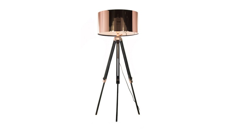 lampadaire tripod kirkenes couleur cuivre mobilier moss. Black Bedroom Furniture Sets. Home Design Ideas