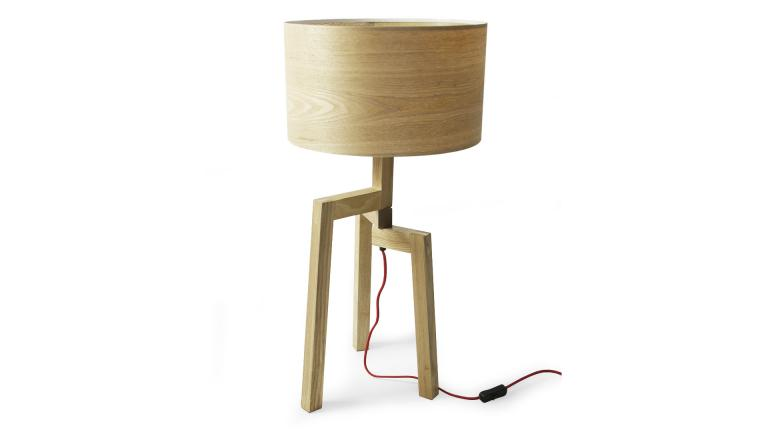 lampe de table en bois almaty mobilier moss. Black Bedroom Furniture Sets. Home Design Ideas