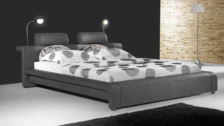 lit design contemporain bianco un lit moderne en tissu au design contemporain mobilier moss. Black Bedroom Furniture Sets. Home Design Ideas