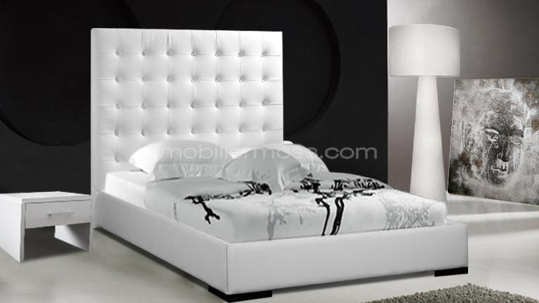 livia lit baroque en cuir avec t te de lit haute. Black Bedroom Furniture Sets. Home Design Ideas