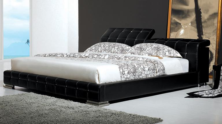 moon lit capitonn en cuir un lit au style baroque. Black Bedroom Furniture Sets. Home Design Ideas