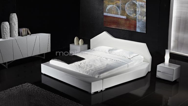 lit moderne et original en cuir nirvana mobilier moss. Black Bedroom Furniture Sets. Home Design Ideas