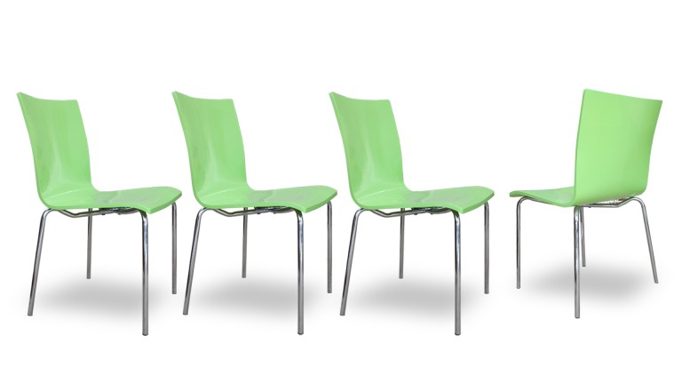 lot 4chaises design laquee verte inner mobiliermoss