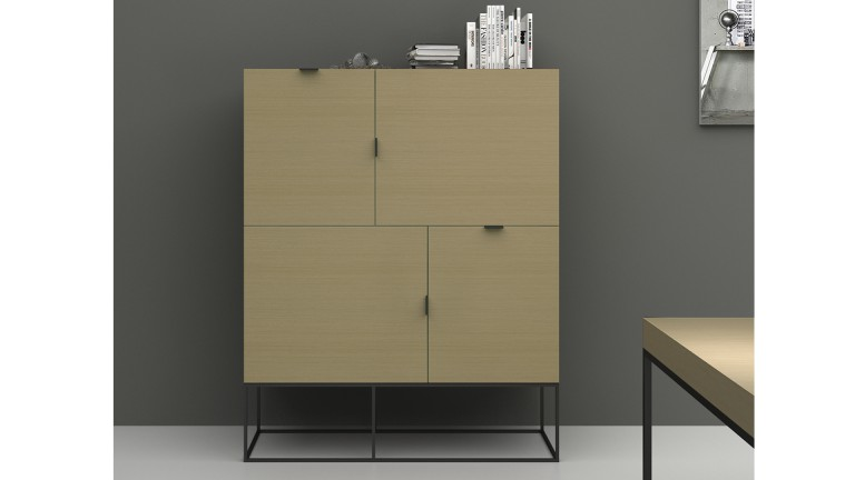 meuble de rangement kufstein 4 portes couleur bois avec. Black Bedroom Furniture Sets. Home Design Ideas