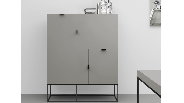 meuble de rangement kufstein 4 portes gris avec pieds. Black Bedroom Furniture Sets. Home Design Ideas
