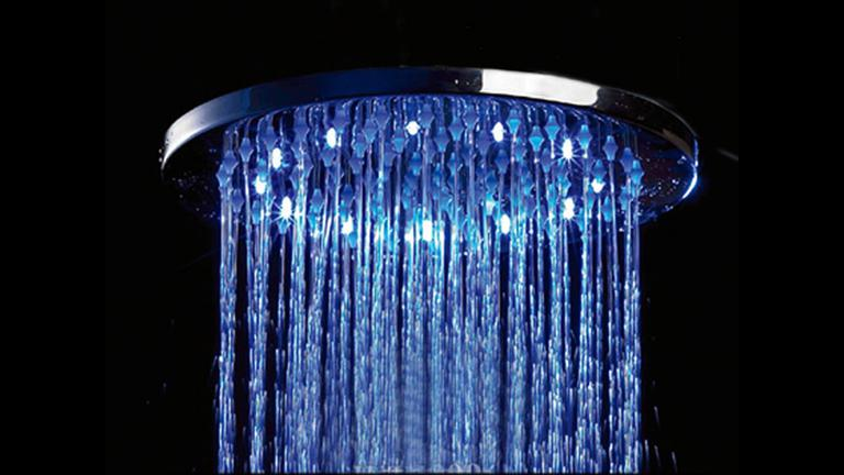 pomme de douche ronde leds effet pluie elsa mobilier moss. Black Bedroom Furniture Sets. Home Design Ideas
