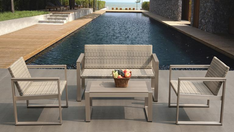 Salon de jardin canap deux fauteuils et table basse for Table exterieur 2 places