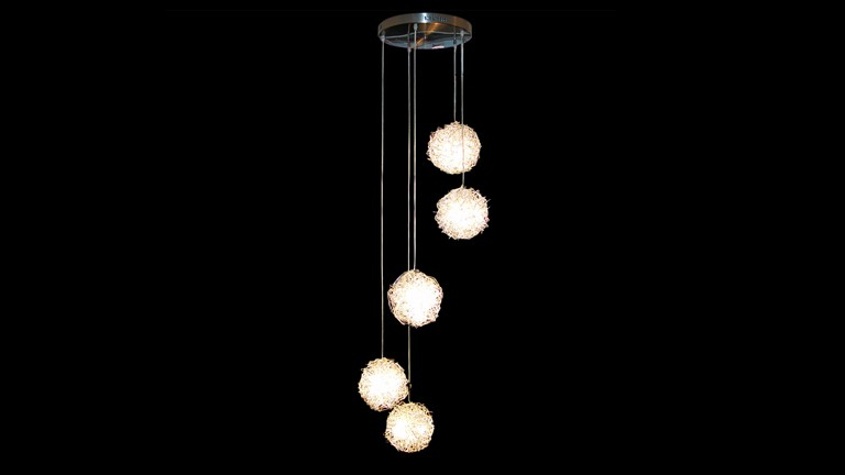 suspension design boules metalliques elegant