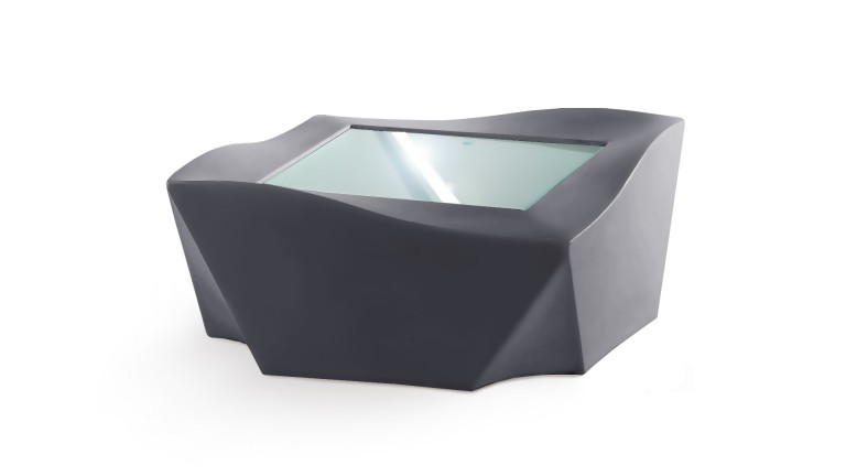 table basse design slide polyethylene gris kami ni mobiliermoss