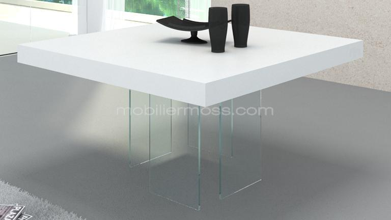 Table carr e avec pied en verre crystalline mobilier moss for Table salle a manger carree design en verre