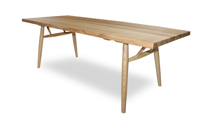 Table de salle manger en bois brut massif steppe for Table bois brut