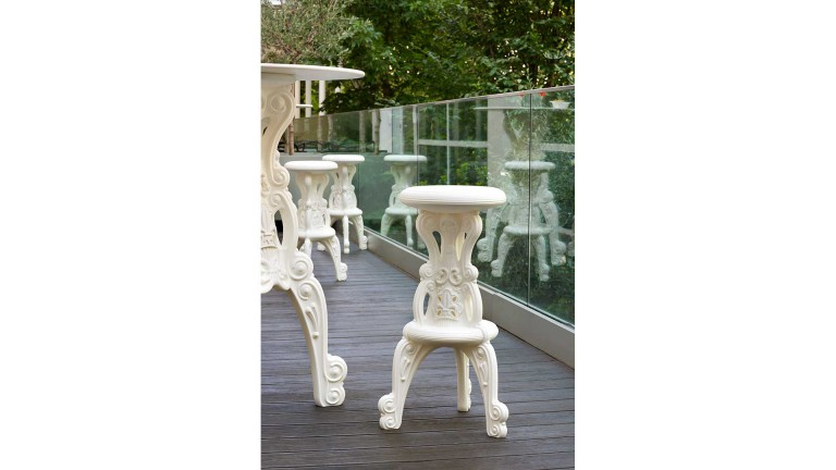 Tabouret baroque design slide mister of love mobiliermoss