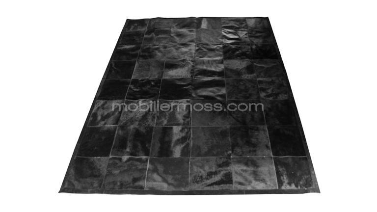 tapis patchwork peau de vache noire d corez votre salon. Black Bedroom Furniture Sets. Home Design Ideas
