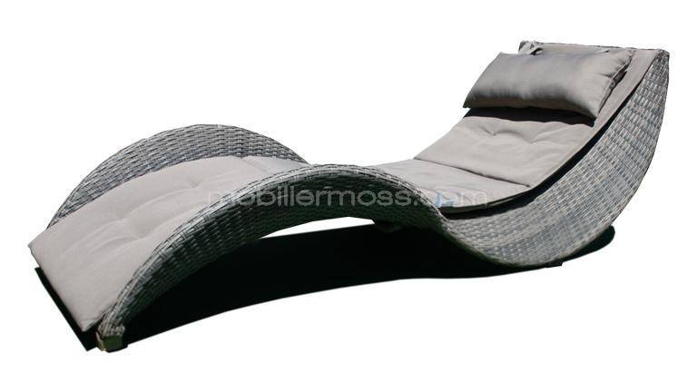 mobilier jardin lorenza chaise longue de jardin design. Black Bedroom Furniture Sets. Home Design Ideas