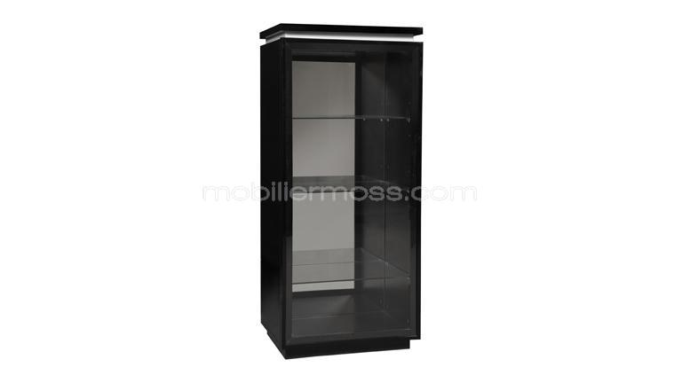 une grande vitrine au design contemporain la vitrine atract mobilier moss. Black Bedroom Furniture Sets. Home Design Ideas